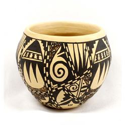 Native American Hopi Pottery Jar