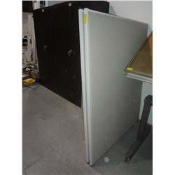 Lot of 2 Office Cubical Dividers