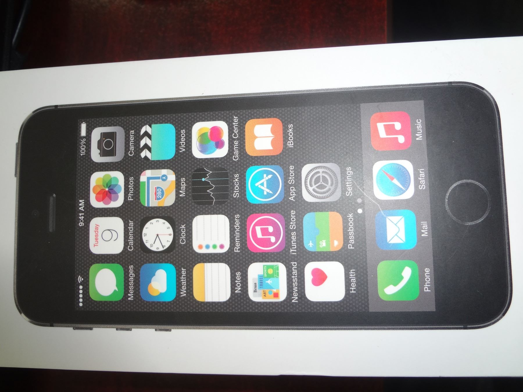 Apple Iphone 5s Space Grey 16gb Se Image 1