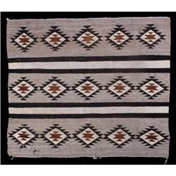 Navajo Old Crystal Pattern Wool Rug
