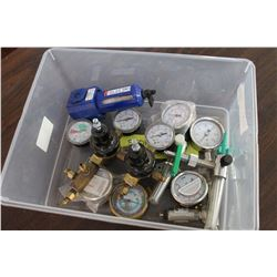 TRAY OF GAUGES