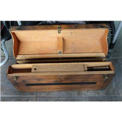 TEMPLAR WOOD TOOLBOX WITH TOOLS