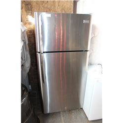 FRIGIDAIRE STAINLESS FRIDGE 18 CUBIC FEET