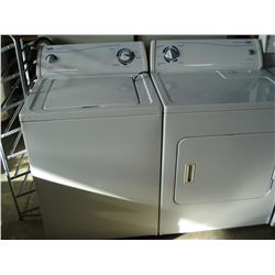 INGLIS HEAVY DUTY SUPER CAPACITY TOP LOAD WASHER AND EXTRA LARGE CAPACITY DRYER SET WORKING