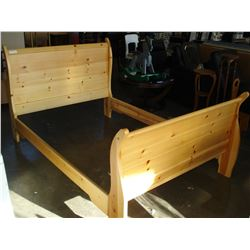 PINE DOUBLE SIZE BEDFRAME