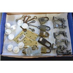 LOT OF PEWTER SOLDIERS LOCKS AND KEYS AND HARDWARE