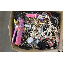 BOX OF VARIOUS JEWELLRY