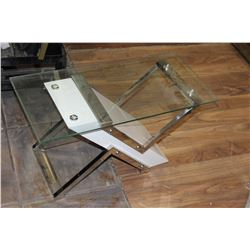 MODERN WHITE AND CHROME GLASSTOP ENDTABLE