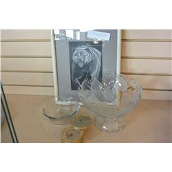 BEAR PICTURE AND TWO PIECES OF CRYSTAL AND BULOVA DESK CLOCK