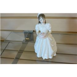ROYAL DOULTON FIGURE BIRTHDAY GIRL HN3423