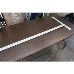 LARGE MEASURING SQUARE