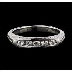 Platinum 0.30 ctw Diamond Engraved Scroll Design Ring