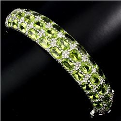 Natural Top Rich Green Peridot 165 Cts Bracelet