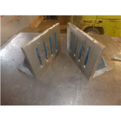 "Pair of 10"" x 8"" Angle Plates"