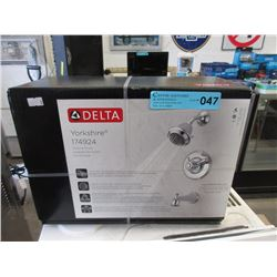 New Delta Yorkshire Bathtub Shower Set