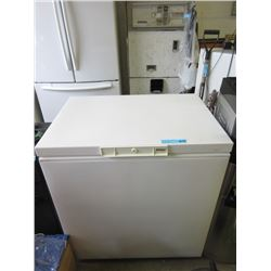 "Kenmore Chest Freezer 22""x32"""
