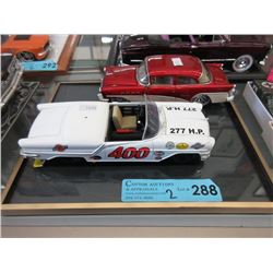 2 Scale Model Die-Cast Cars - 1:20 Scale