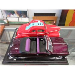 2 Scale Model Die-Cast Cars - 1:18 Scale