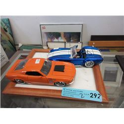 2 Scale Model Die-Cast Cars - 1:24 Scale