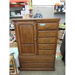 "40"" Wide 8 Drawer Dresser"