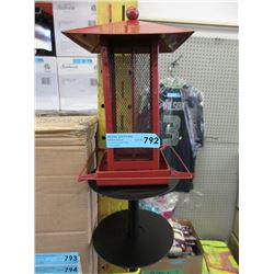 New Metal Bird Feeder w/ Double Squirrel Baffle
