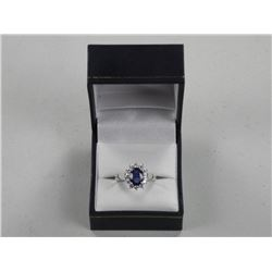(CES07 161217) Ladies White Gold Ring. 1 Prong, Ov