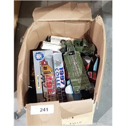 BOX OF COLLECTIBLE DIE CAST VEHICLES