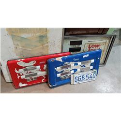 3 VINTAGE GAS PUMP PANELS & 3 LICENSE PLATES