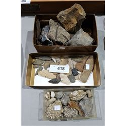 COLLECTION OF STONE ARROWHEADS & FOSSILS
