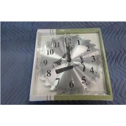 ERGO SAW BLADE WALL CLOCK