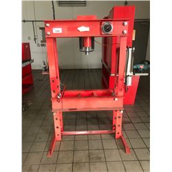 45 TON AIR / MANUAL SHOP PRESS