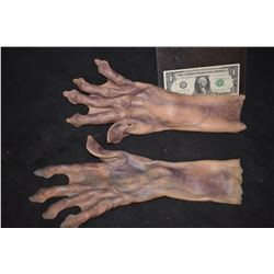 STAR TREK ALIEN SCREEN USED SILICONE HANDS