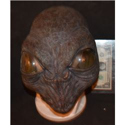 GREY SKIES ALIEN INSECTOID HEAVY LATEX MASK 2