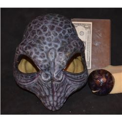 GREY SKIES ALIEN INSECTOID HEAVY LATEX MASK 3