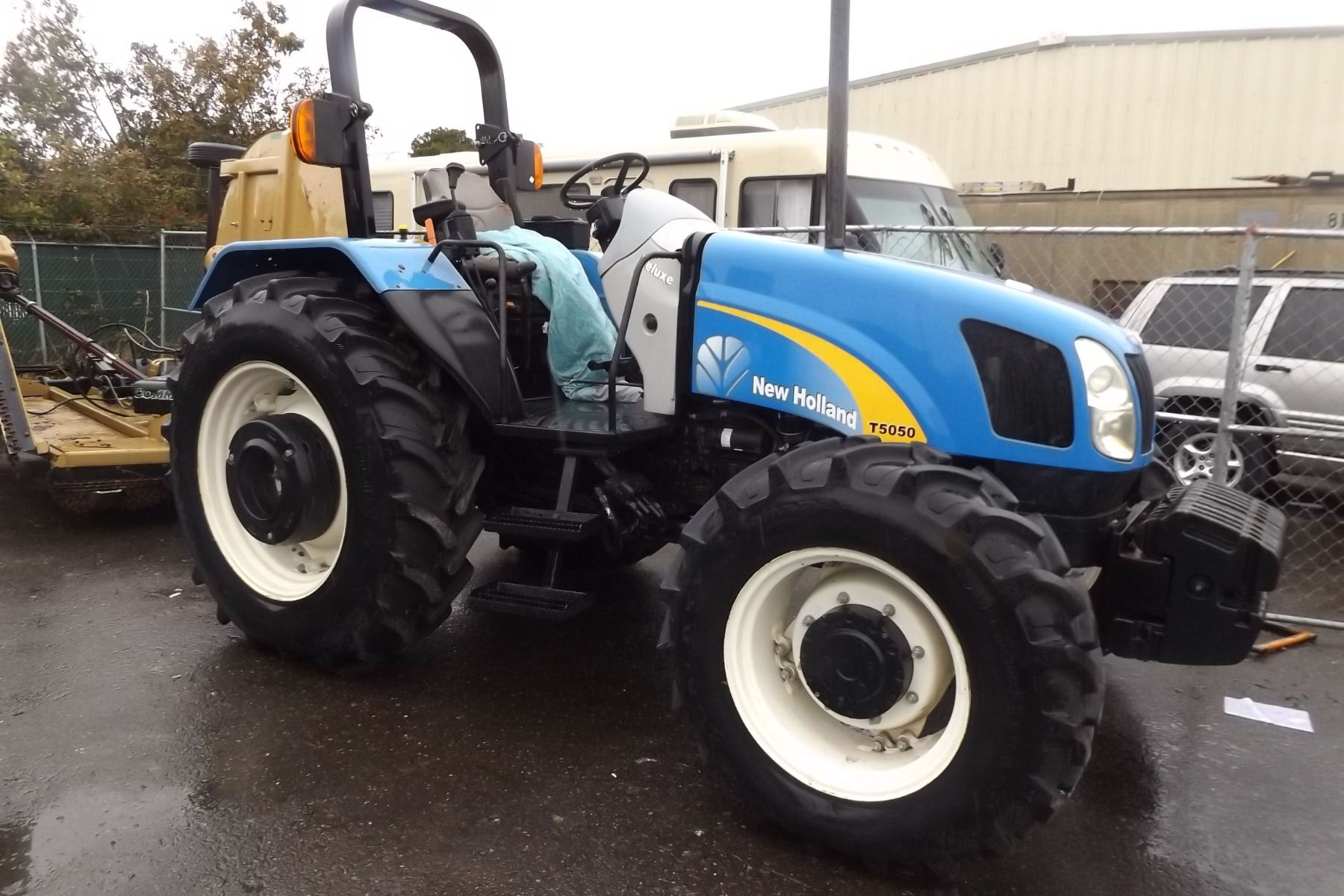 NEW HOLLAND T5050 Speeds Auto Auctions