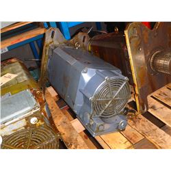 SIEMENS 1PH7137-2MG02-0C?0-Z SPINDLE MOTOR *TAG HARD TO READ SEE PICS*