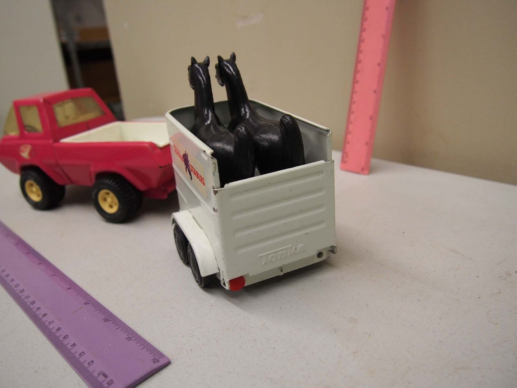 Vintage Tin Toy Pink Tonka Truck W Trailer Two Plastic Horses