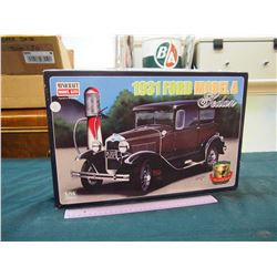 NEW 1931 Ford Model A Sedan- 1:16 Scale