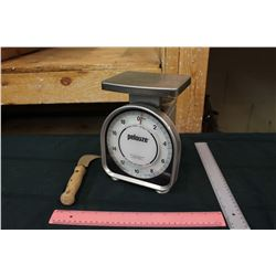 1994 food Scale and Carpenters Knife