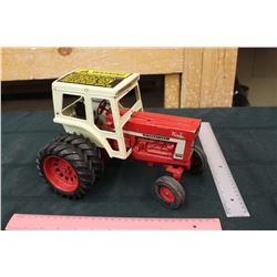 Turbo International 1466 Farmall Toy Tractor