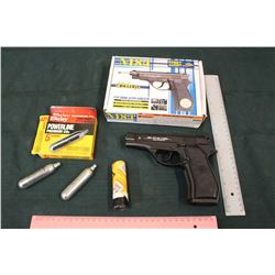 M84 CO2 Semi Auto Airgun w/12 Gram CO2 Cylinders, Requires New Seal (2)