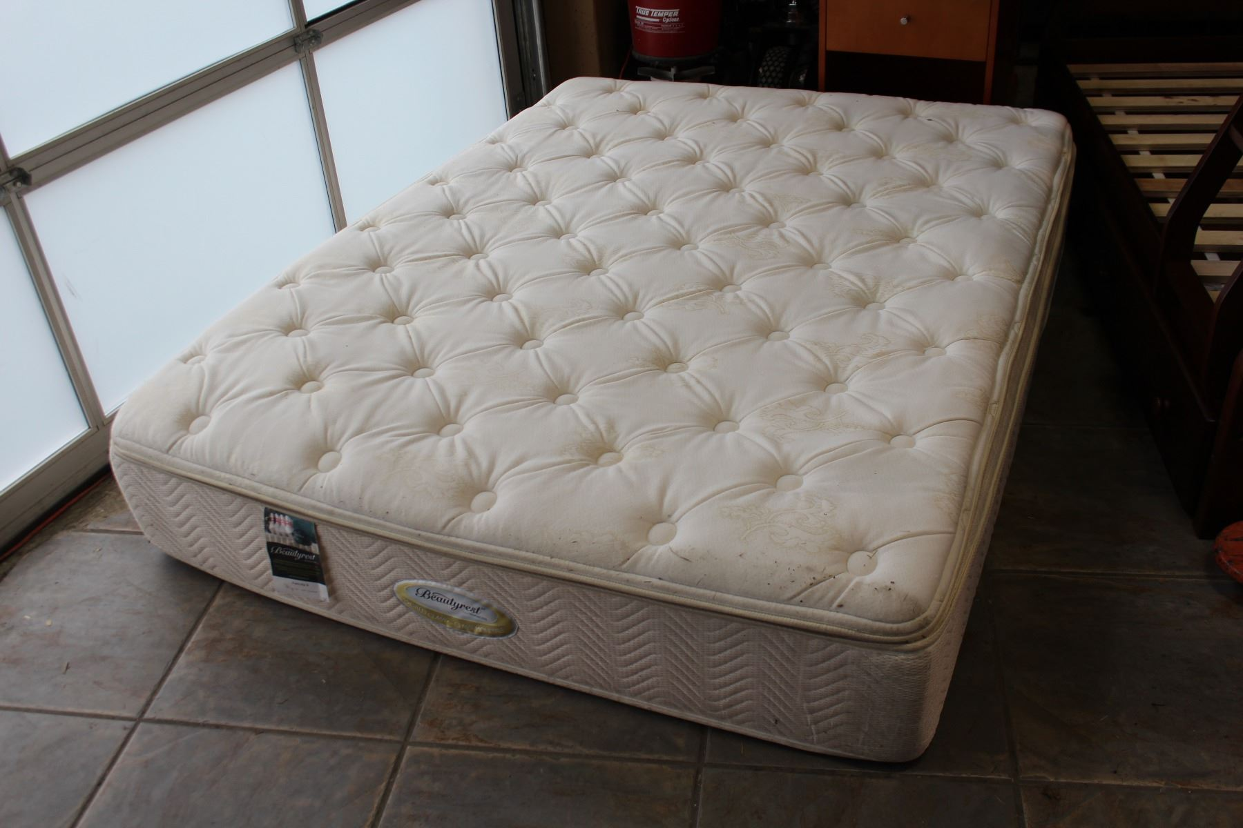 Simmons Beautyrest Felicity Ii Queensize Pillowtop Mattress