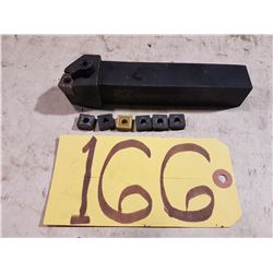 Kennametal Tool Holder with Inserts SNMG