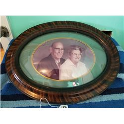 Large Bubble Glass Picture Frame Oval 24""