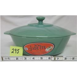 NEW Anchor Hocking Fire King 2000 Jade-ite green 2 quart casserole, lid, stickers.