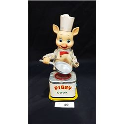 VINTAGE JAPANESE TIN PIGGY COOK TOY