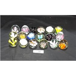 LOT OF 18 ART GLASS PAPER WEIGHTS
