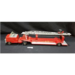 1960'S STRUCTO METAL FIRE TRUCK