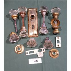COLLECTION OF ANTIQUE GLASS DOOR KNOBS & PARTS