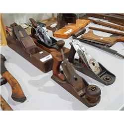4 ANTIQUE WOOD BLOCK PLANES & METAL PLANES